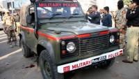 Pakistan'da bir araca düzenlenen silahlı saldırıda 2 asker öldü