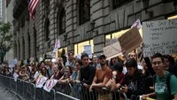 New York'ta Halk, Evine Gelen Trump'u Protesto Etti
