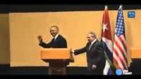 Video: Raul Castro ve Obama'nın Basın Toplantısında İlginç Görüntüler…
