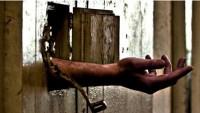 Mısır'da tutukluların yüksek sıcaklıktan kurtarılması için kampanya başlatıldı