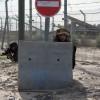 Gazze Direnişçileri 1 Siyonist Askeri Kanas Silahıyla Vurarak Ağır Yaraladı