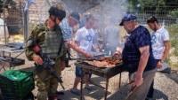 Siyonist Yahudilerden açlık grevine çirkin tahrik
