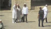 Siyonist Yerleşimciler Kahin Elbiseleri Giyerek Mescid-i Aksa'ya Baskın Düzenledi