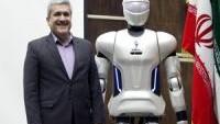İran'ın Surena–3 robotu görücüye çıktı