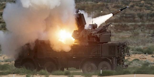 Suriye Ordusu Nusra Teröristlerine Ait ABD Yapımı 4 İHA Aracını Düşürdü