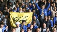 """Tahran Cuma Namazında """"Kahrolsun Amerika"""" Sloganları Yankılandı"""