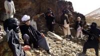200 Taliban Üyesi Silah Bırakıp Teslim Oldu