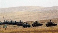 Tankların Cizre'de Suriye sınırına hakim bir alanda konuşlandırıldığı bildirildi