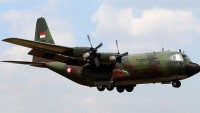 Endonezya'da askeri uçak düştü: 13 ölü