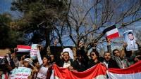 Yemenliler, BM ofisi önünde eylem yaptı