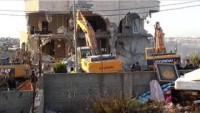 Kudüs'te Bir Filistinli Ailenin Evi Daha Siyonistlerin Araçlarıyla Yıkıldı
